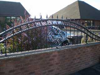 Made to measure bespoke railings & fencing
