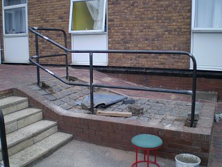 Handrails to steps at private hospital